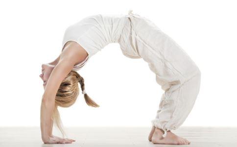 精神差怎么回事 练瑜伽有什么好处 气血不通怎么办