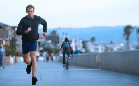 跑步真的会伤膝盖吗 怎么跑步不伤膝盖 跑步如何减少损伤