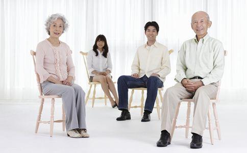 见长辈紧张怎么办 怎么和长辈聊天 聊天的小技巧