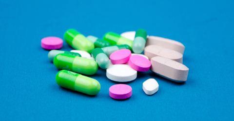 吃什么会引起骨质疏松 哪些药会引起骨质疏松 骨质疏松如何预防