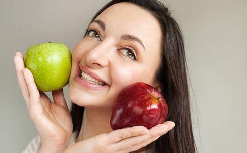秋季长痘怎么办 祛痘的方法有哪些 苹果能去痘吗