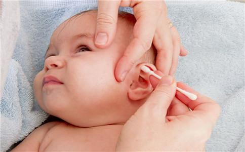 怎样治疗外耳道炎 耳道炎的症状 外耳道炎有哪些症状