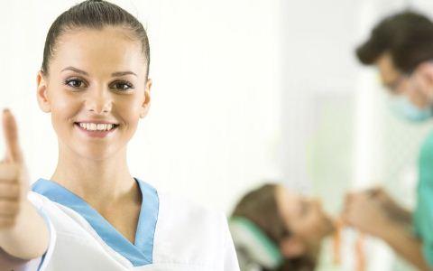 引起口腔癌的原因是什么 口腔癌有哪些早期信号 口腔癌怎么防范