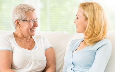 女性絕經後有白帶正常嗎 絕經後白帶增多是怎麼回事 絕經後白帶增多的原因是什麼