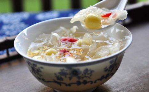 导致咳嗽的原因有哪些 哪些食物可以治疗咳嗽 咳嗽的食疗方法有哪些