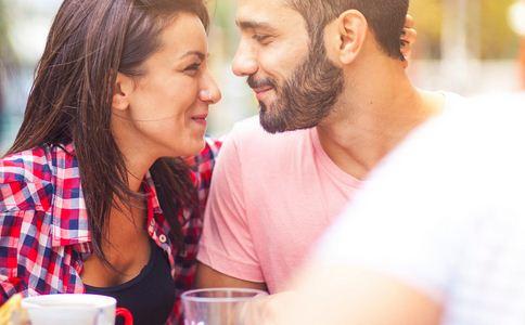 如何追女生 怎么追到心仪的女生 追到心仪女生的方法