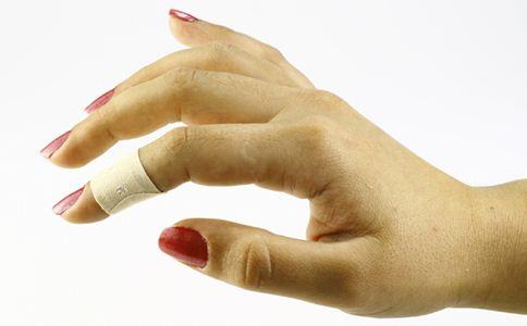 颈椎病怎么预防 女性腰痛怎么办 眼睛痛怎么办