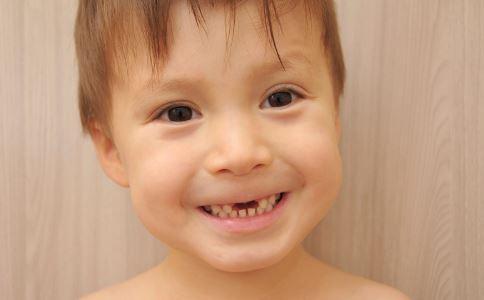 幼儿如何护理牙齿 宝宝怎么护理牙齿 宝宝可以使用电动牙刷吗