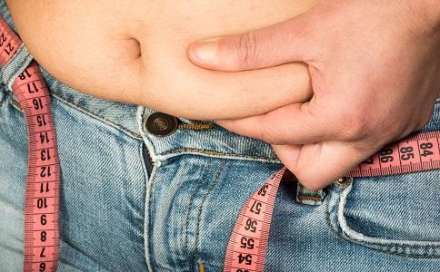肚子圆圆的是怎么回事 内脏脂肪多怎么办 减内脏脂肪最好的方法是什么