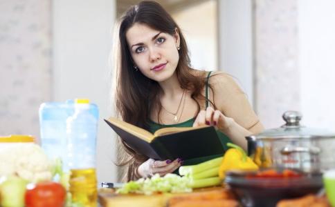 每天只吃蔬菜可以减肥吗 吃什么蔬菜可以减肥 蔬菜减肥要注意哪些事项