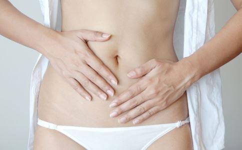 女性月经不规律怎么回事 什么原因导致闭经 过度减肥会闭经吗
