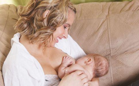 母乳喂养有哪些误区 母乳喂养注意什么 母乳喂养怎么做