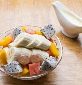 老人吃什么水果好 吃水果的好处 水果的营养价值