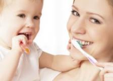儿童牙膏是含氟好?还是不含氟好