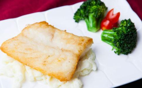 孕期食谱 蒜蓉蒸鳕鱼的做法 蒜蓉蒸鳕鱼