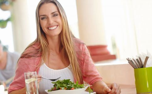 怎么吃饭才健康 怎么健康吃饭 吃饭的错误方法