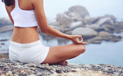 练瑜伽的好处有哪些 哪些运动可以保护肠胃 清早练瑜伽有哪些好处
