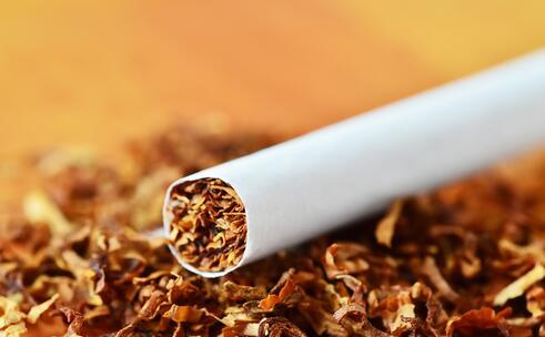 不抽烟员工可获额外6天假 不抽烟员工放假 不吸烟的好处