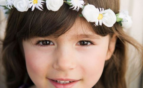 埃莱尔-当洛综合征 少女三年米面未进 罕见遗传病