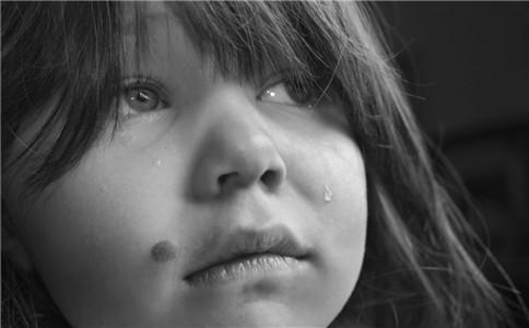 儿童自卑怎么办 儿童自卑的原因 如何治儿童自卑
