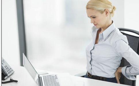保护腰椎的小动作 腰肌劳损怎么办 护腰的小动作