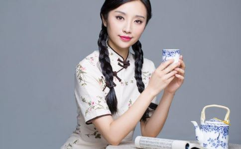 女人喝什么茶好 女人喝什么茶能消脂瘦身 女人什么时候不要喝茶