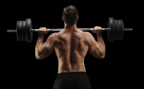 男孩头部能旋转180度 人体极限 人体的极限有哪些