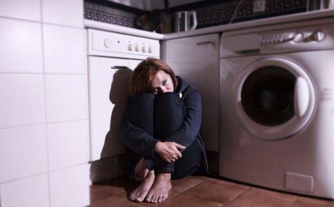 怎么预防抑郁症 抑郁症有什么症状 抑郁症有哪些征兆