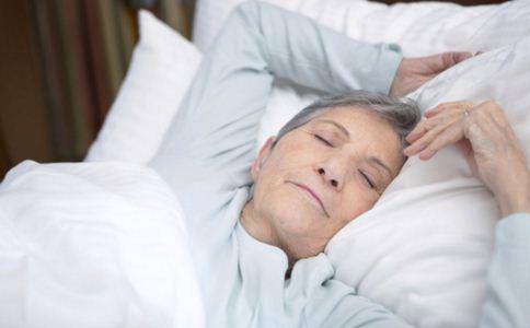 60岁了还来大姨妈正常吗 60岁女人如何保养 60岁女人保养技巧