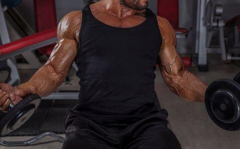 男人该怎么练身材比较好 怎么才能练出身材 哪些方法可以练身材