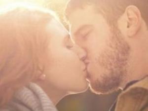 长沙高空接吻大赛 各式接吻方式虐杀单身