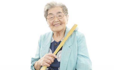 87岁老太健忘症发作 健忘症的原因有哪些 如何避免健忘症