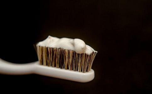 牙膏可以检查怀孕吗 牙膏的妙用 牙膏的作用