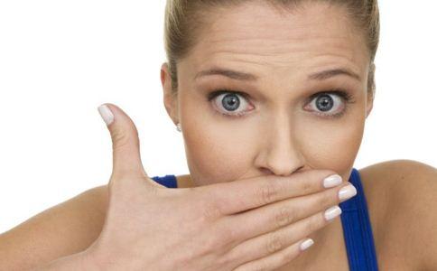 嘴里为什么发苦 嘴里发苦什么原因 嘴里发苦怎么办