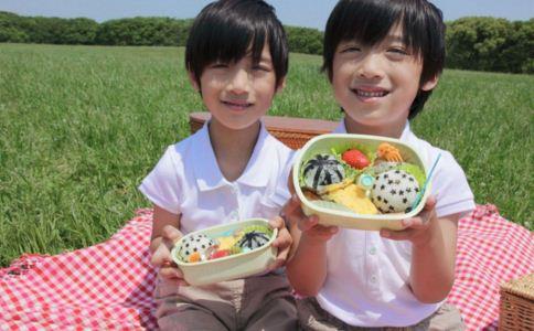 儿童肾病有哪些症状 儿童肾病有什么症状 怎么预防儿童肾病