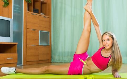 冬季瑜伽减肥健身操的练习方法 练习健身操最好的方法是什么 怎么练习健身操可以减肥