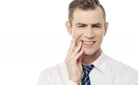 牙周炎如何治疗 牙周炎的治疗方法 怎么治疗牙周炎