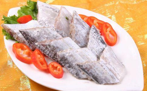 吃鱼的好处有哪些 吃鱼有哪些好处 吃鱼的注意事项有哪些