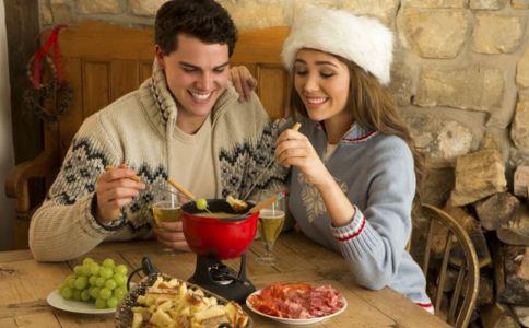 冬天吃狗肉有什么好处 女人吃狗肉有什么好处 哪些人不能吃狗肉
