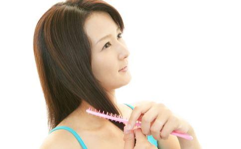导致脱发的原因是什么 熬夜会引起年轻人脱发吗 年轻人脱发怎么预防