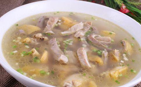 哪些汤可以养胃 冬天怎么吃暖胃 冬天怎么保护胃部