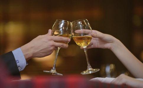 高血压可以饮酒吗 高血压能否饮酒 高血压饮酒