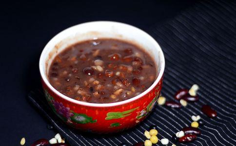 冬天喝什么粥 冬天适合喝什么粥 冬天和什么粥比较好