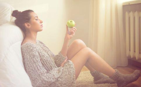 女人冬季养生的诀窍 女人冬季如何养生 女人冬季饮食进补