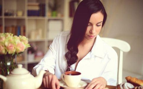 女人喝咖啡的好处 喝咖啡对女人有什么好处 女人喝咖啡的时间