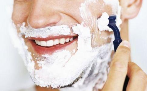 男人胡子长痘是什么原因 胡子为什么会长痘 长痘的原因有哪些