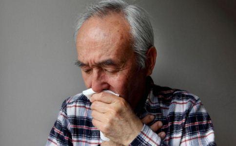 老年人得疝气怎么办 老年人怎么预防疝气 哪些偏方治疝气