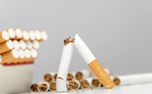 哪些人是肺癌的高发人群 肺癌有哪些早期症状 肺癌患者要做哪些检查