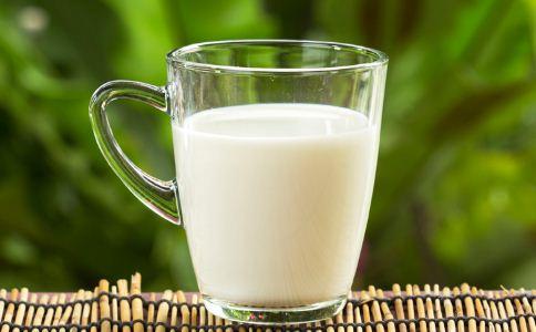 牛奶怎么喝效果好 牛奶的喝法有哪些 什么时候喝牛奶最好