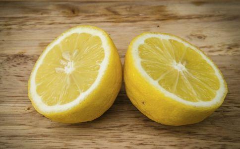 柠檬怎么泡水喝 柠檬怎么泡好喝 柠檬的吃法有哪些